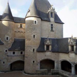 chateau de Fougères sur Bièvre